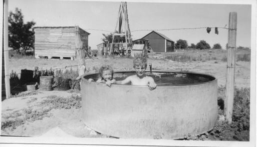 1943 On the farm