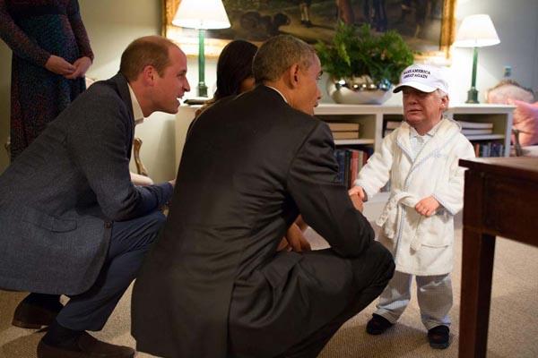tiny-trump-meme-robe